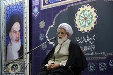 احمدیتبار: کسی که در راه حق است، هر لحظه باید