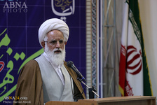 احمدیتبار: برای رسیدن به کمال، باید زینتهایی را در خودمان تجلی دهیم