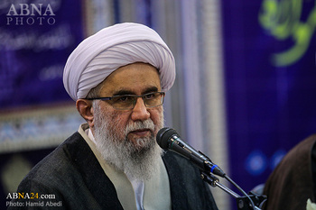 Ayatollah Ramazani: Dr. Darvizeh had knowledge and faith together