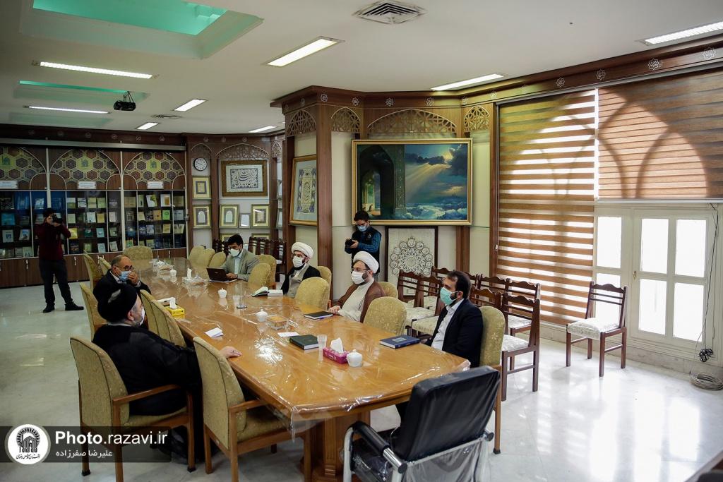 اہل بیت(ع) عالمی اسمبلی کے شعبہ بین الاقوامی امور کے عہدیداران کی آستان قدس رضوی کے مدیران سے ملاقات