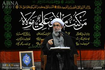 Ayetullah Ramazani: Kalp Huzuru Duanın Kabul Edilmesi Şartlarındandır / Sorumlular Mübarek Hadiselerin Gerçekleştirilmesi İçin Gayret Etmelidir