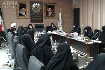نشست همافزایی فعالیتهای بانوان در عرصۀ بینالملل به میزبانی ادراه زنان و کودکان مجمع برگزار شد