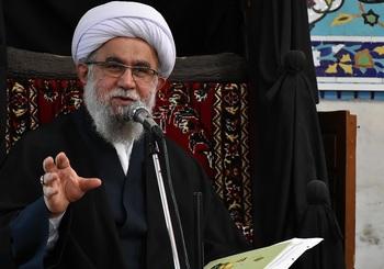 Ayetullah Ramazani: Ramazan Bayramı İlahi Müjde ve Bağışlanma Günüdür