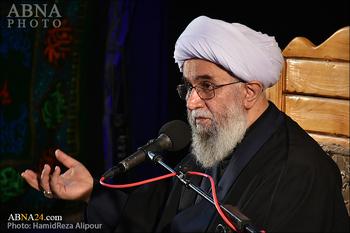 Ayetullah Ramazani: İnsan Ahlaki Alanlara Dikkat Etmeksizin Kemale Ulaşamaz